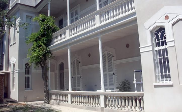 Ristrutturazione Palazzo Gutris